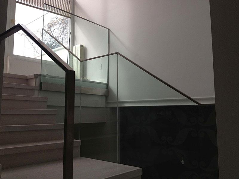 barandilla-acero-inoxidable-y-cristal-3